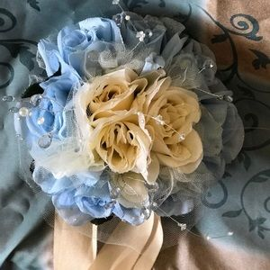 Dresses & Skirts - Wedding Bouquet for Bride and bridesmaid